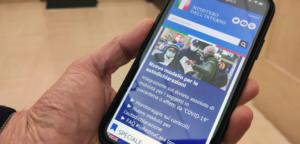 L'autocertificazione può essere solo cartacea: non sono valide app nell'era del Mobile First